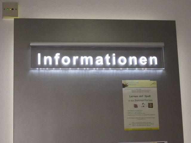 Infoboard_01